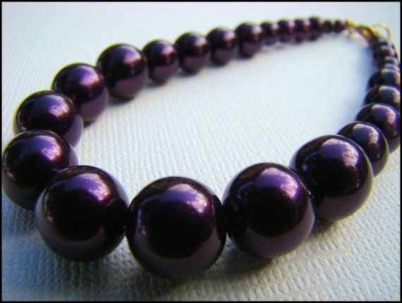 Bracelet, Beaded in Dark Purple