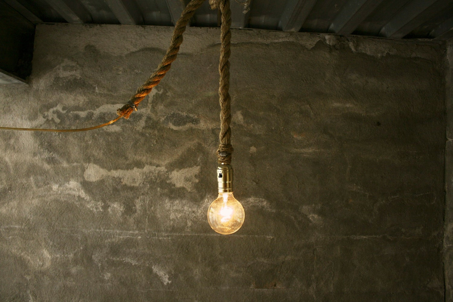 Lights that hanging from strings/chains/ropes/etc. : Chucklefish Forums
