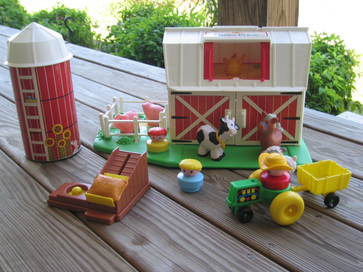 Vintage Moo Farm by Fisher Price Little People Toy with Silo