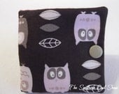Pink and gray owl needle book