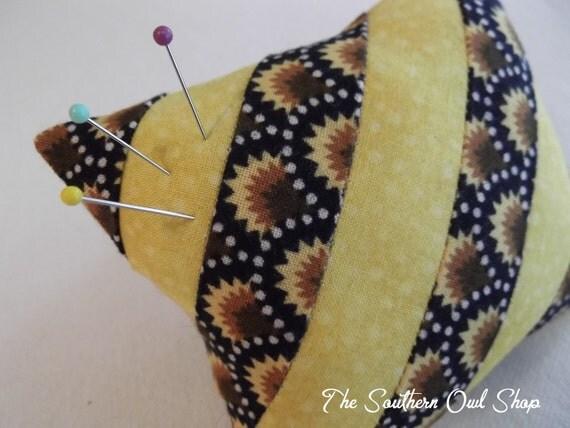 Diagonal stripe pieced quilt block pin cushion