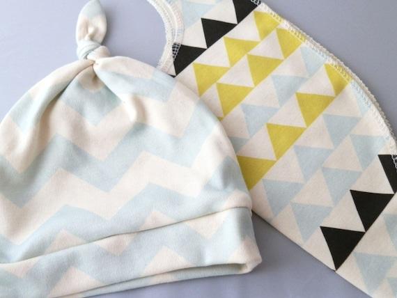 Baby Shower Gift, Baby Hat and Bib Set, Chevron and Geometric Mod Print