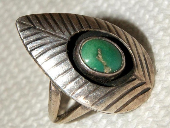 OLD PAWN ZUNI Squash Blossom Cerrillus Turquoise Sterling Ring Size 5.5 c1950