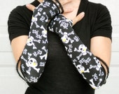 Skull and cross bones stretch arm warmers, fingerless gloves, goth, punk