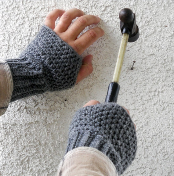 Grey Mens fingerless gloves, wrist warmers, mittens for winter