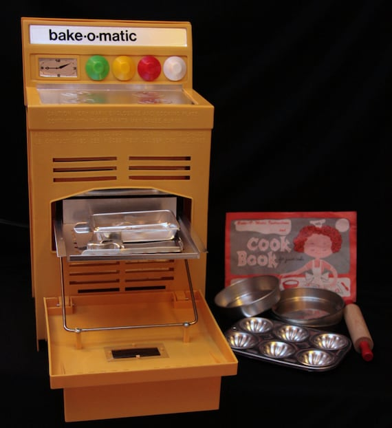 Peter Austin's Bake-O-Matic oven
