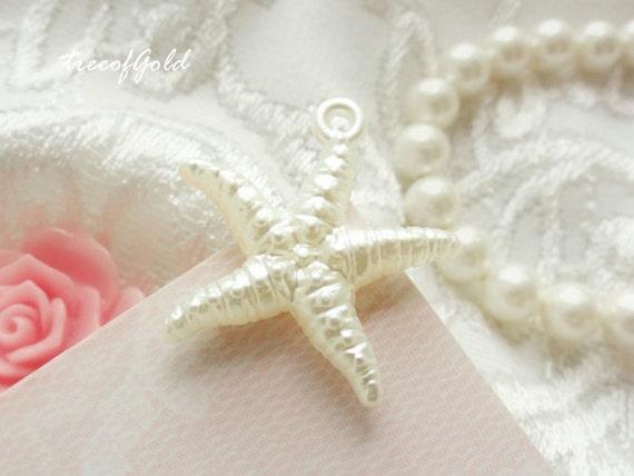 Ivory Starfish Charms Resin Charm, Sea Star Plastic Starfish Charm Pendants -  10pcs of 28mm