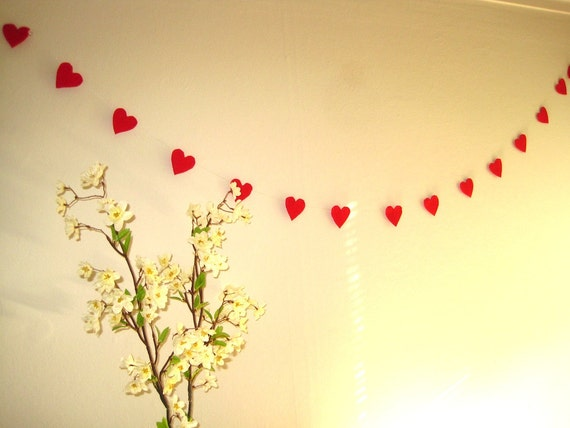 """Christmas garland made of red recycled felt hearts (5.5ft or 75"""")"""