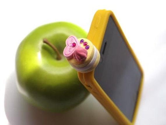 Nail Polish Cabochon Earphone Anti Dust Plugs for iPhone (Type B) - Free Shipping