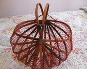 Collapsable basket