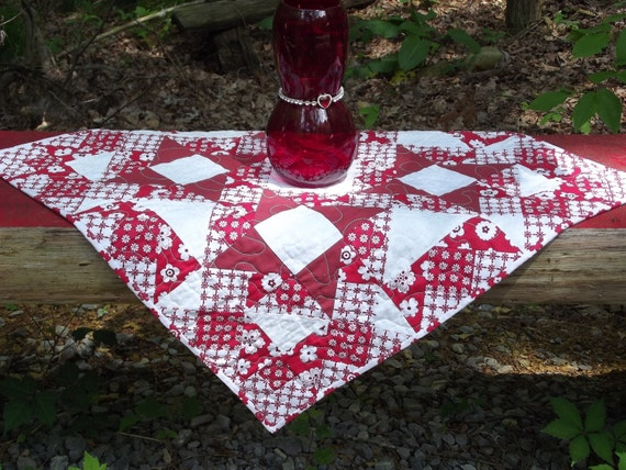 On Sale for the Holidays  Quilted Table Topper in Reds and Whites