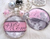 MOTHER GIFT necklace personalized Mom to be PINK polka dot Bottle cap Jewelry Photo Pendant Keychain Chidrens, glass dome Wedding Chic
