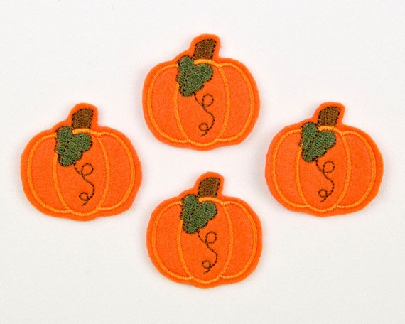 PRETTY PUMPKIN - Embroidered Felt Embellishments / Appliques - Orange  (Qnty of 4) SCF3040