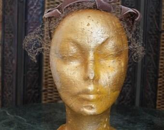 1950s Crown whimsey hat / tan / berries / leaf / ribbons