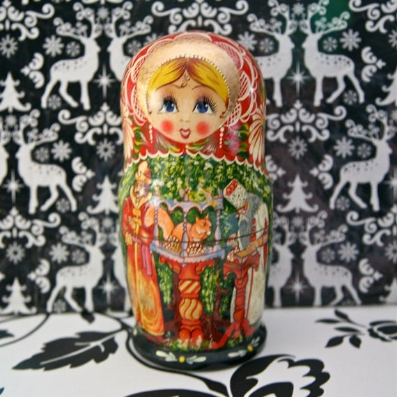 Fairytale Russian/Matryoshka dolls, set of five beautifully painted