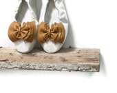 Camel Leather Bow Shoe- Clips