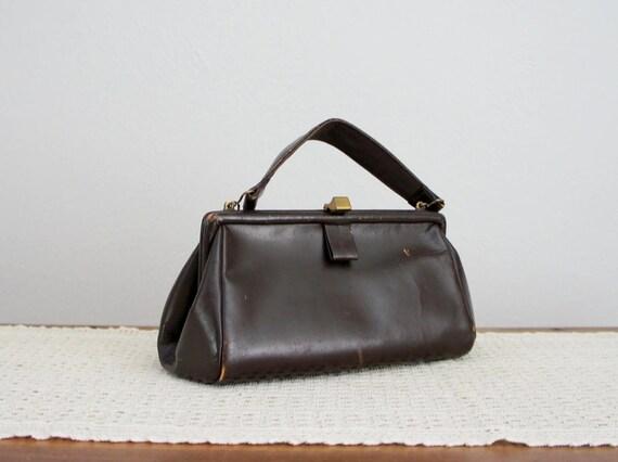 vintage 1940s leather handbag . Chocolate Box