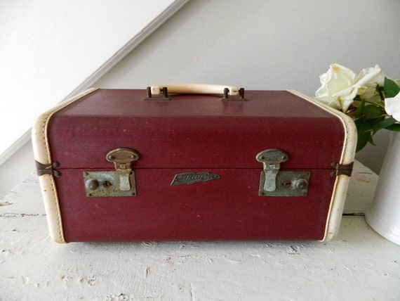 Vintage Trian Case Suitcase Luggage Horn Pennatone Rice Stix