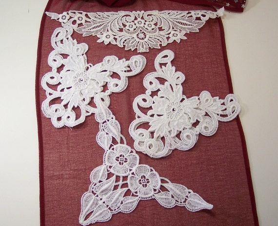White Flower Appliques Curliques  Destash Lot of 5