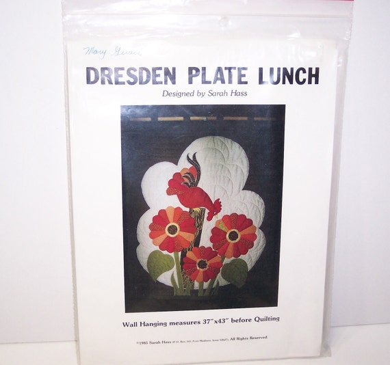 Dresden Plate Lunch Wall Hanging Pattern, Sunflowers with Rooster Vintage