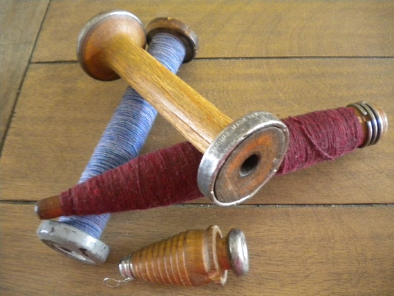 Vintage Wooden Spindle Spools Set Of Four