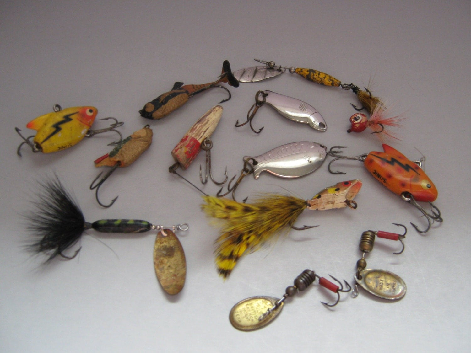Vintage fishing lures the image kid has it for Collectible fishing lures