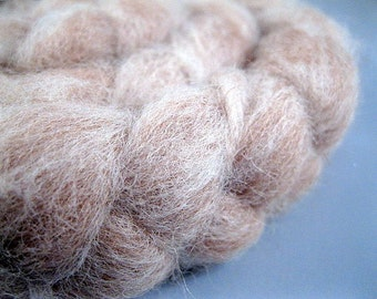 Natural Fawn and White Swirl Alpaca Roving - 2 oz