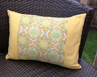 Brighter Days Pillow Cover 12x16