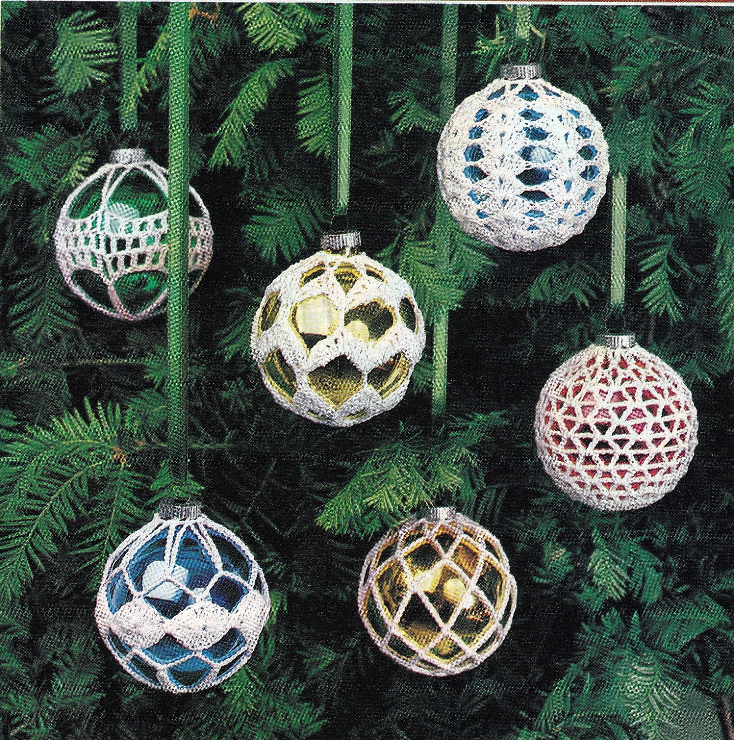 Free Thread Crochet Christmas Ornaments Patterns : Crochet Christmas Ornament Covers Vintage Crocheting PDF