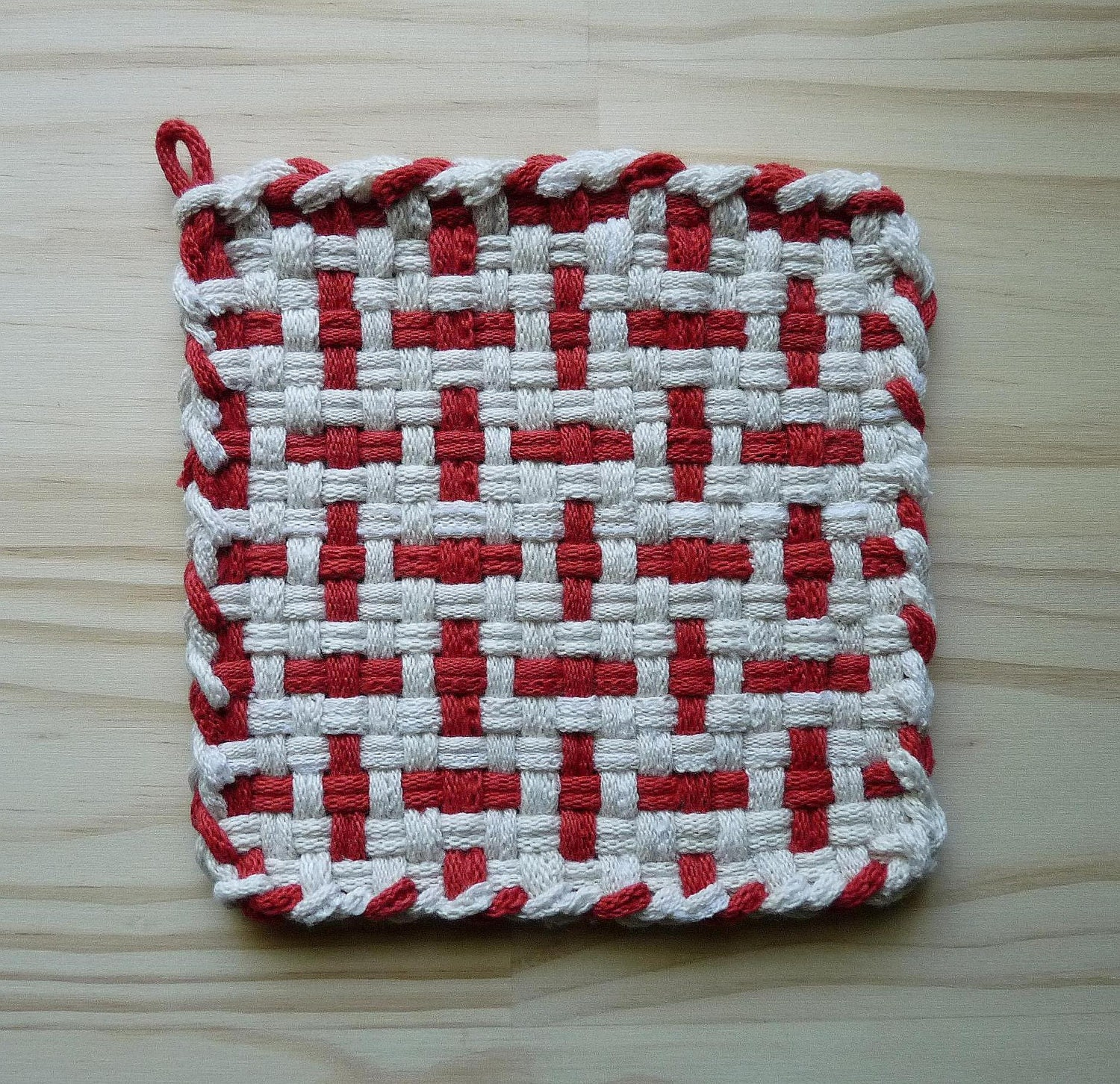White and Red Pattern Woven Cotton Loop Loom Potholder Vintage