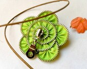 Flower pin brooch, zipper jewelry, Brooch pin, gift ideas for mom, 2.8 in/ 7 cm, eco friendly jewelry, fabric brooch,