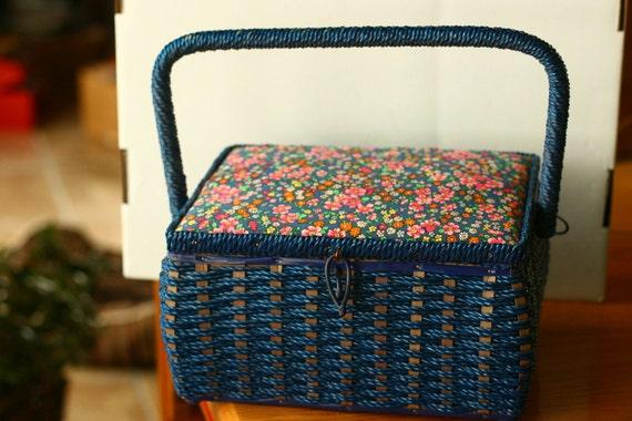 20% OFF SALE - Vintage Sewing Box