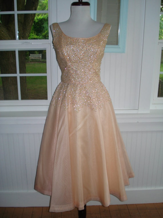Vintage 1950s Evening or Prom Dress Gorgeous Peach color with a Sequined Bodice and a Full Skirt, size XS 0/2