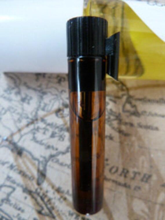 patchouli honey- fragrance oil SAMPLE