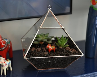 Air Terrarium Kit, pyramid top glass terrarium for hanging or to sit -- copper or silver color -- terrarium supplies -- eco friendly