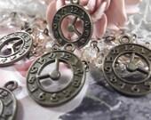Antique Bronze Clock Charms ---- 5 Pieces --- CHM - 064