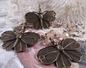 Antique Bronze - Gorgeous Butterfly Pendant --- 3 Pieces --- CHM - 052