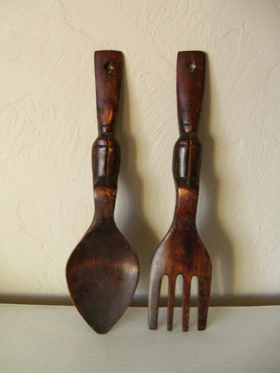carved wooden fork and spoon vintage wall hanging home decor. Black Bedroom Furniture Sets. Home Design Ideas