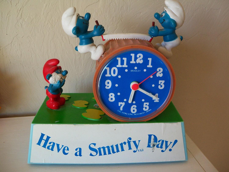 Smurf Talking Clock Talking Alarm Clock Wind Up Clock With