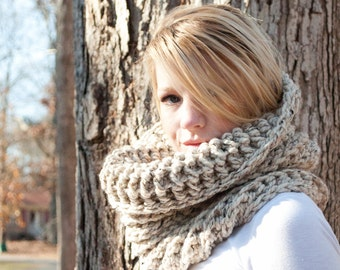 The Chunky Cowl Neckwarmer  Scarf - Natural - Wool Blend