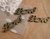 Love Charms Antique Bronze Love Charm Connector Charm heart Charm Lovely Vintage Style Pendant Charm Jewelry Supplies  (BA122)