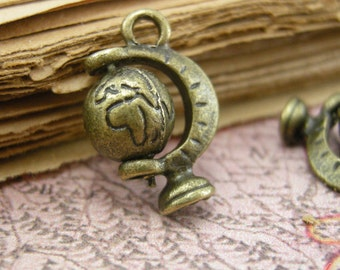Globe Charms REALLY SPINS Antique Bronze Globe Charm Map Charm Travel Small Charm Vintage Style Pendant Charm Jewelry Supplies (B055)