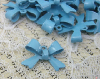 8 - Bow Charms, LIGHT BLUE Enamel Coated Brass, Small Bow Tie, Vintage Jewelry Supplies X050