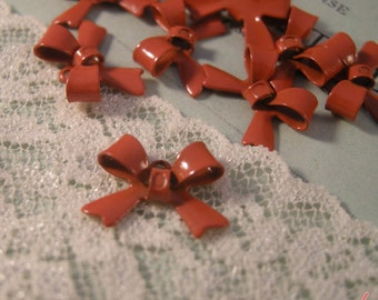 8 - Bow Charms, ORANGE Enamel Coated Brass, Small Bow Tie, Vintage Jewelry Supplies X039