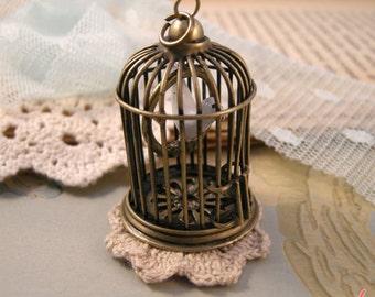 1 Pc Large SWINGING Ceramic Bird on Perch Birdcage Pendant Charm Antique Bronze Bird Cage Vintage Style Pendant Jewelry Supplies (BC047)