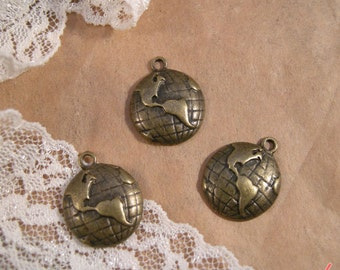 4 Pcs Globe Charms Antique Bronze Globe Charm Map Charm Travel Charm Maps Charm Vintage Style Pendant Charm Jewelry Supplies (BD088)
