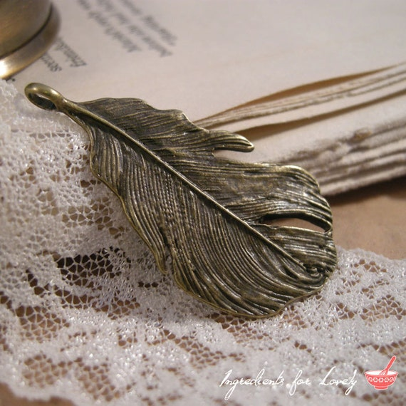 Large Feather Charms, Antique Bronze Feathers, Peacock Charm, Bird Pendants, Vintage Style Pendant Charm Jewelry Supplies (BD093)