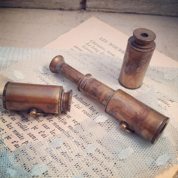1 - Vintage Style Collapsible Pirate WORKING Telescope SPYGLASS Pendant Charm Necklace Nautical Antique Brass Bronze (BA078)