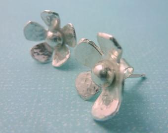Silver Flower Earrings - Solid Sterling Silver 925 Daisy Flower Ear Studs Handmade