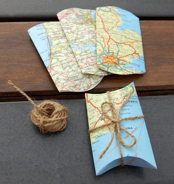 Map Pillow Box Set with Jute String - Gift Wrap
